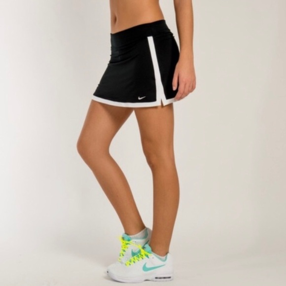 Nike Dri-Fit Black border tennis skort S